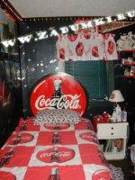 Спальня в стиле Кока-колы (hand made)