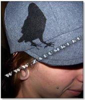 Птичка на кепке (hand made)