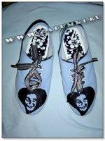 Рисунок на ботинках пластизолевыми красками (hand made)
