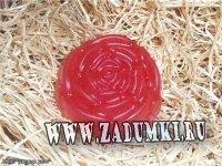 Нежное мыло с ароматом розы.
