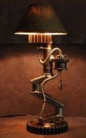 Настольная лампа в стиле