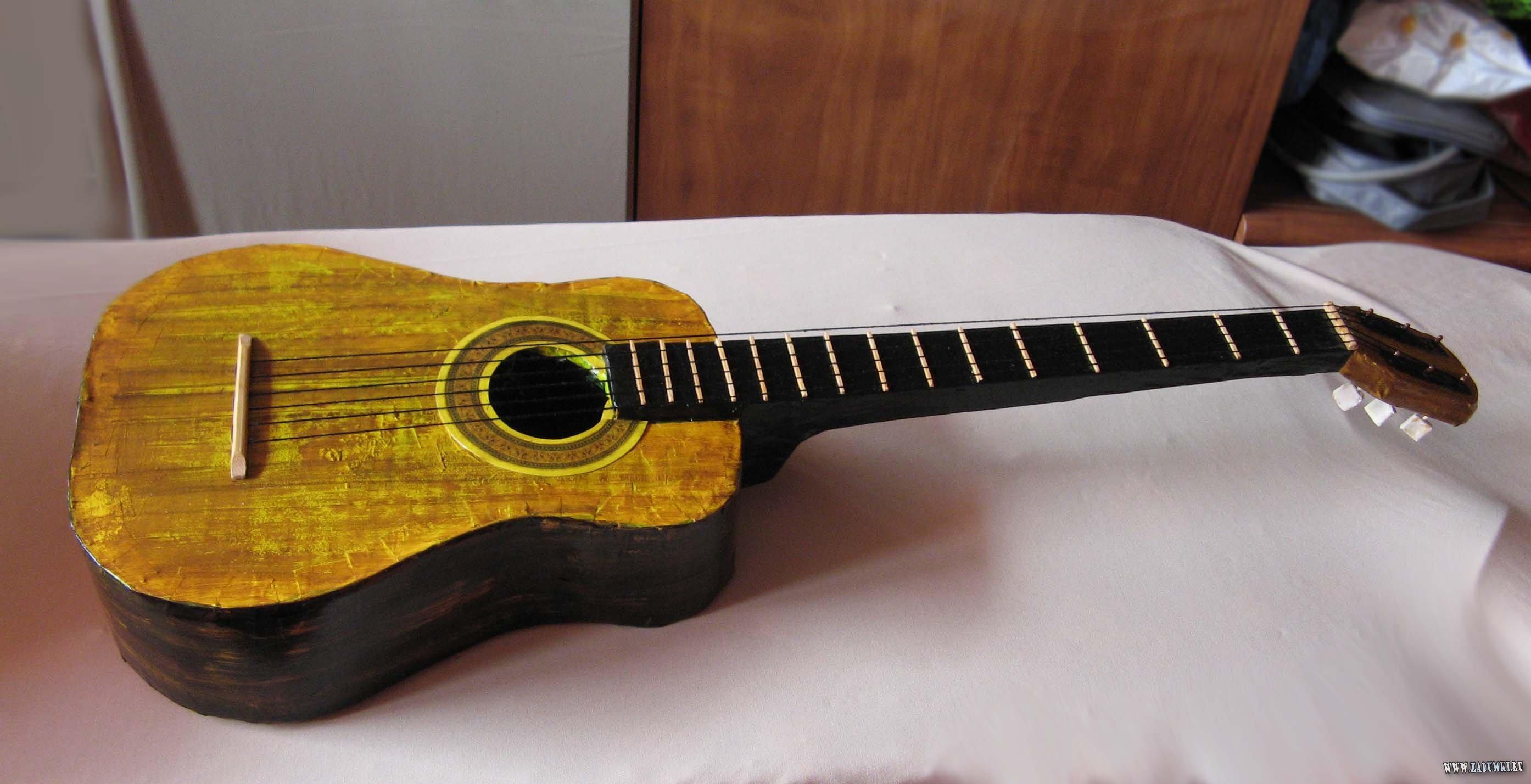 Как сделать гитару в домашних условиях своими руками видео