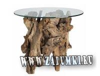 Стеклянный столик с основанием из сплавной древесины