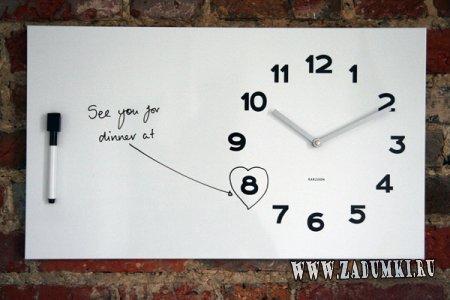 Белые часы в виде доски для заметок