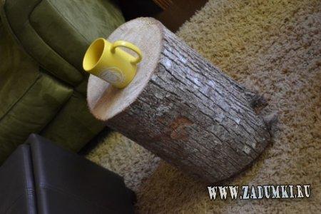 Передвижной кофейный столик из естественного материала