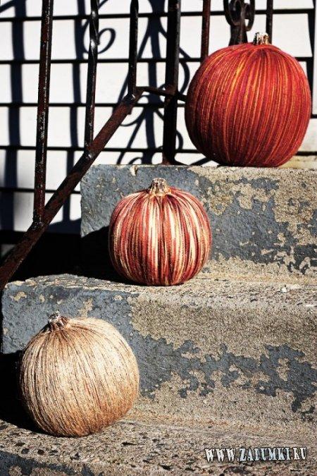 Красочная тыква из пряжи в качестве осеннего декора