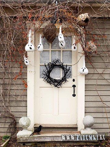 Украшение двери на Хэллоуин