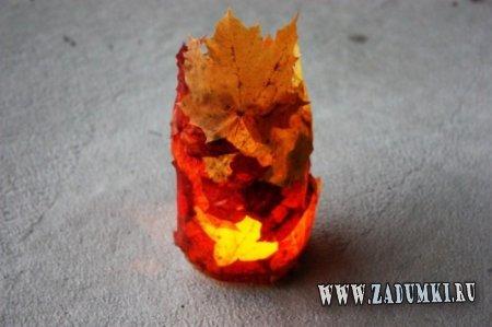 Украшение интерьера осенними листьями