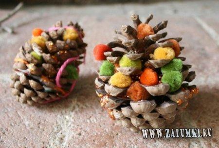Как сделать украшения из сосновых шишек?